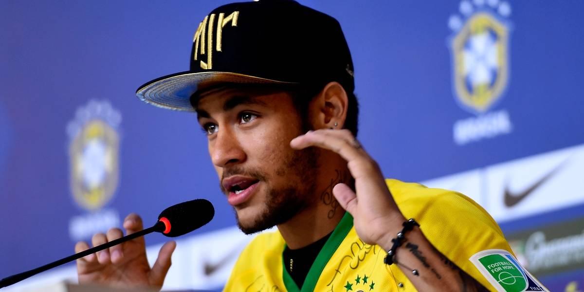 Neymar recorda lesão e diz que Copa de 2014 foi 'uma porcaria'
