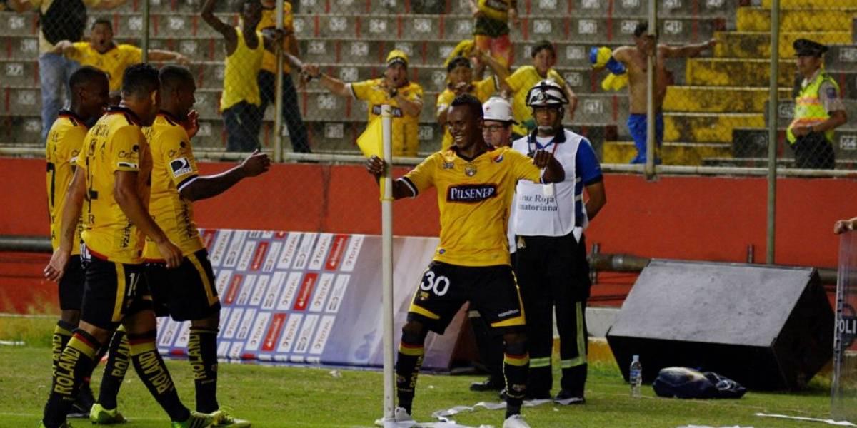 Pedro Pablo Velasco renovó hasta el 2021 con Barcelona SC