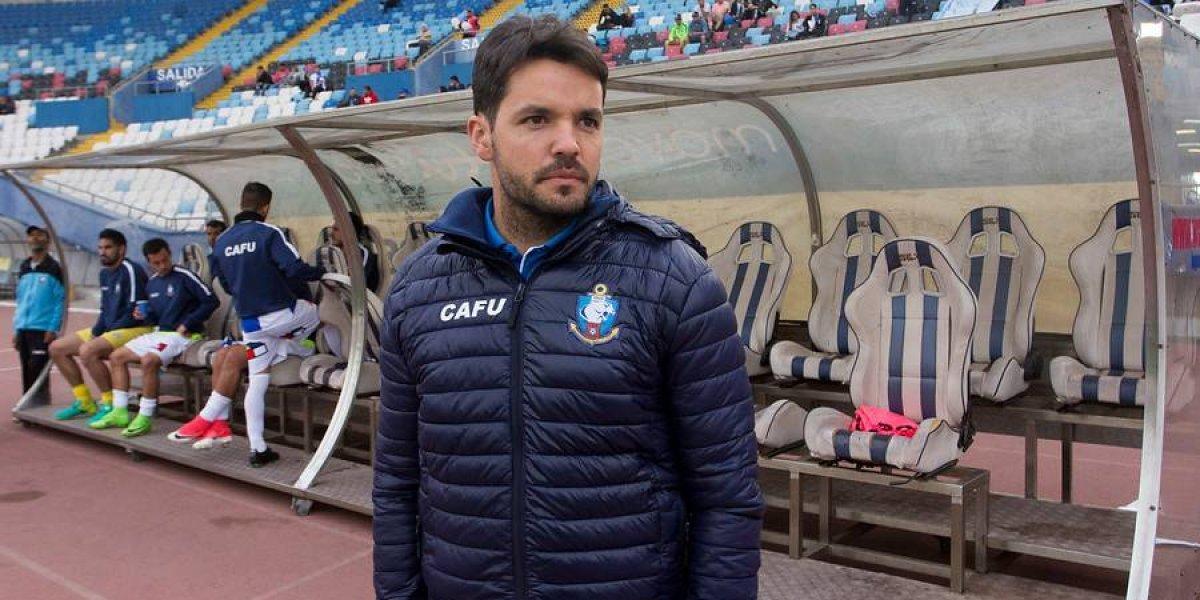 El DT revelación del fútbol chileno se iría al sur tras dejar Antofagasta