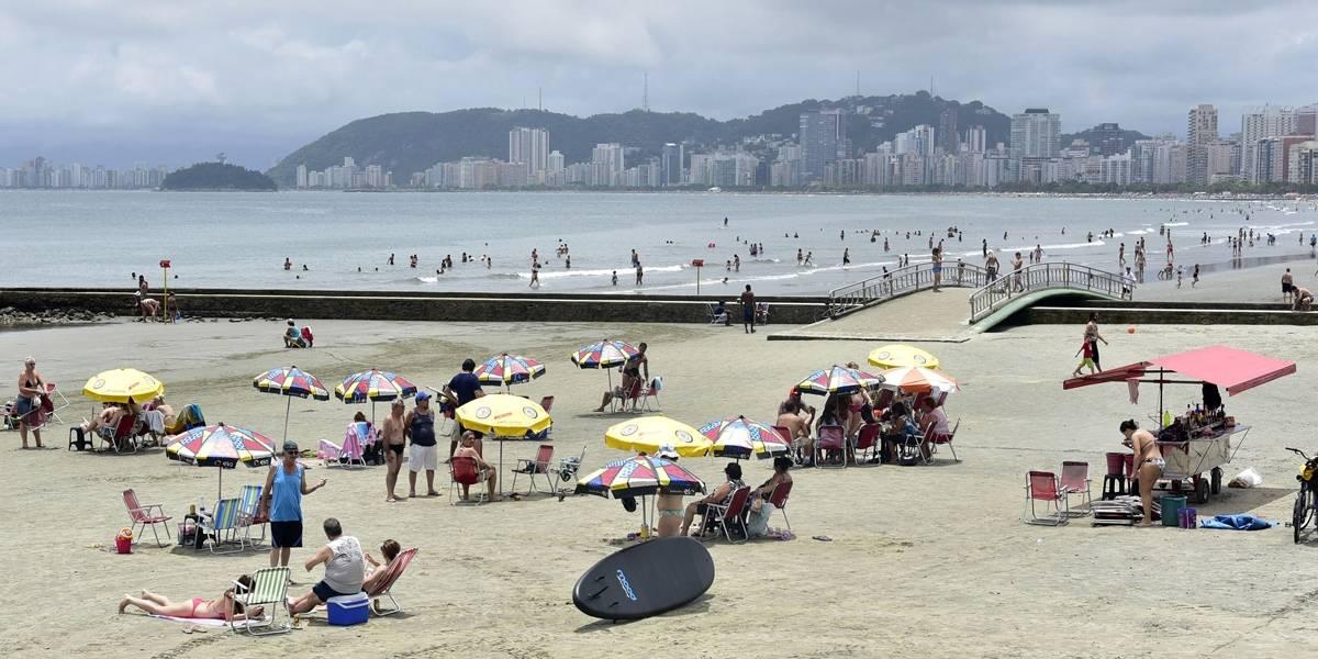 Praias de São Paulo estão em boas condições para os banhistas nesta virada do ano
