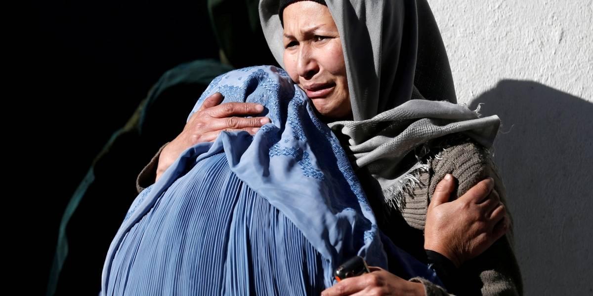 Explosão em agência de notícias afegã deixa dezenas de mortos em Cabul