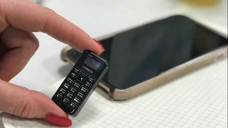 Teléfono mini