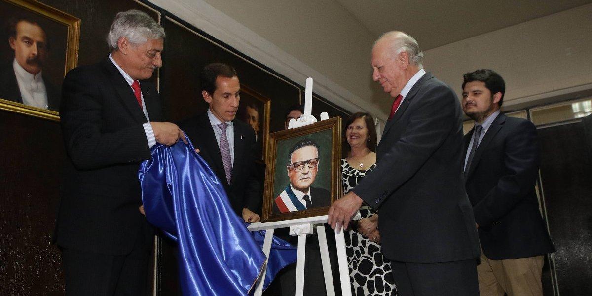 Después de la tempestad viene la calma: Un trozo de la historia republicana de Chile fue restituido en el Instituto Nacional