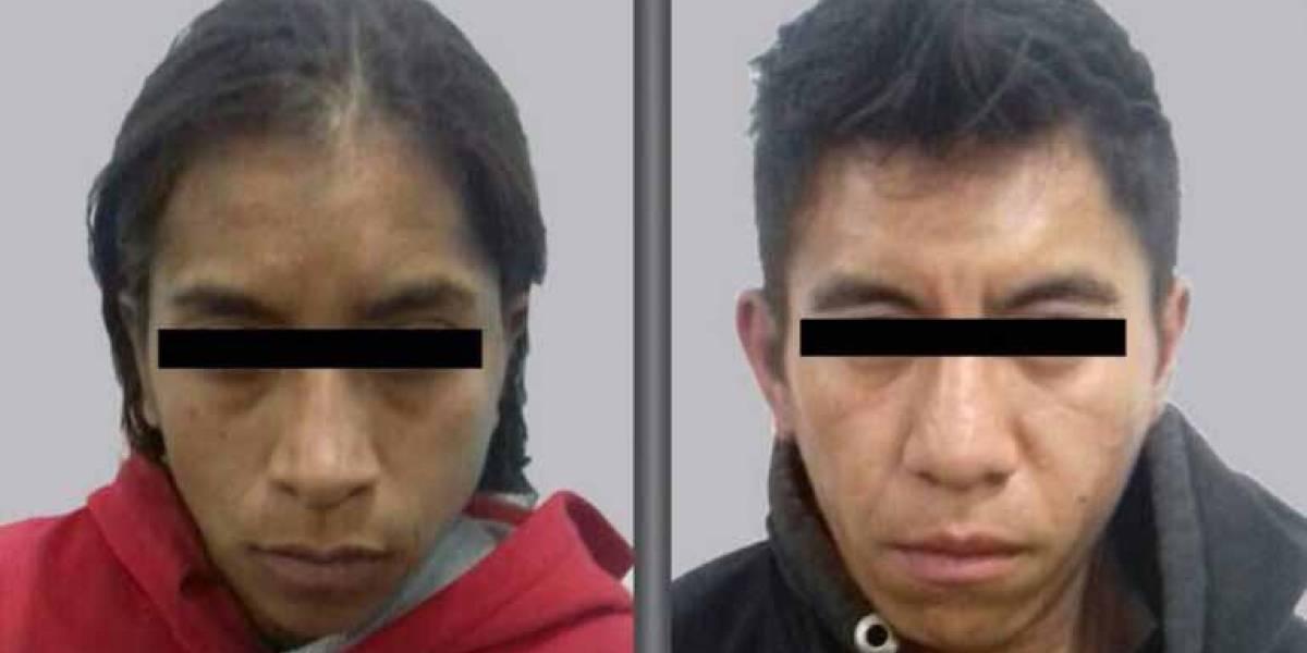 Padres de 'calcetitas rojas' ingresan a penal de Neza-Bordo