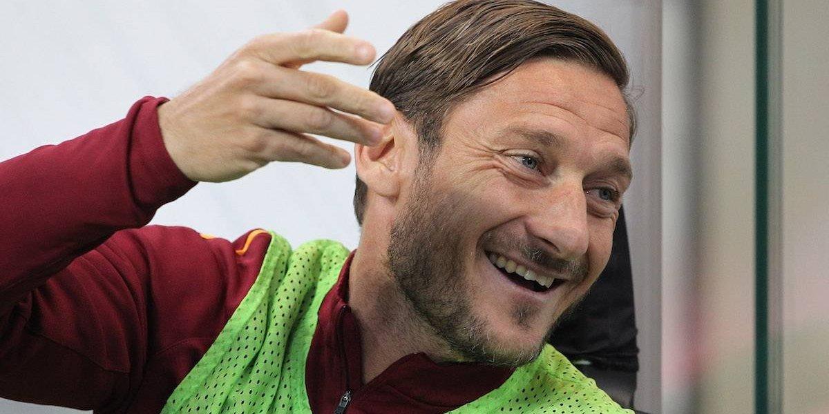 """""""Messi es el número uno, pero no le cuenten a Cristiano"""": Totti"""