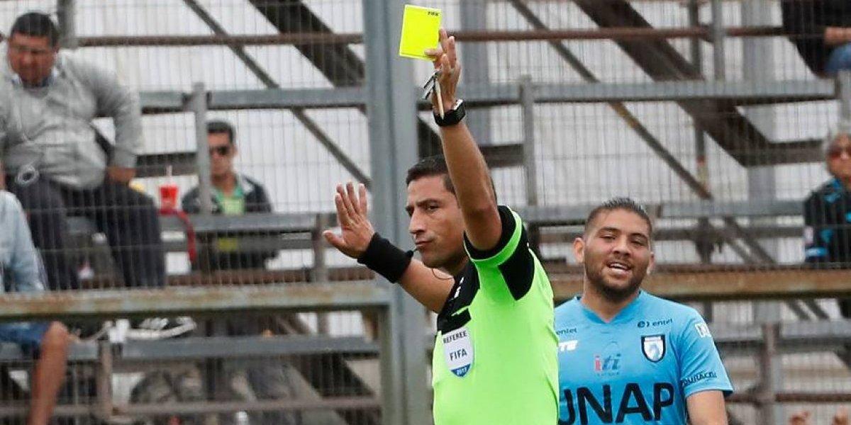"""¿En serio? Enrique Osses calificó de """"positivo"""" el año de los árbitros chilenos"""