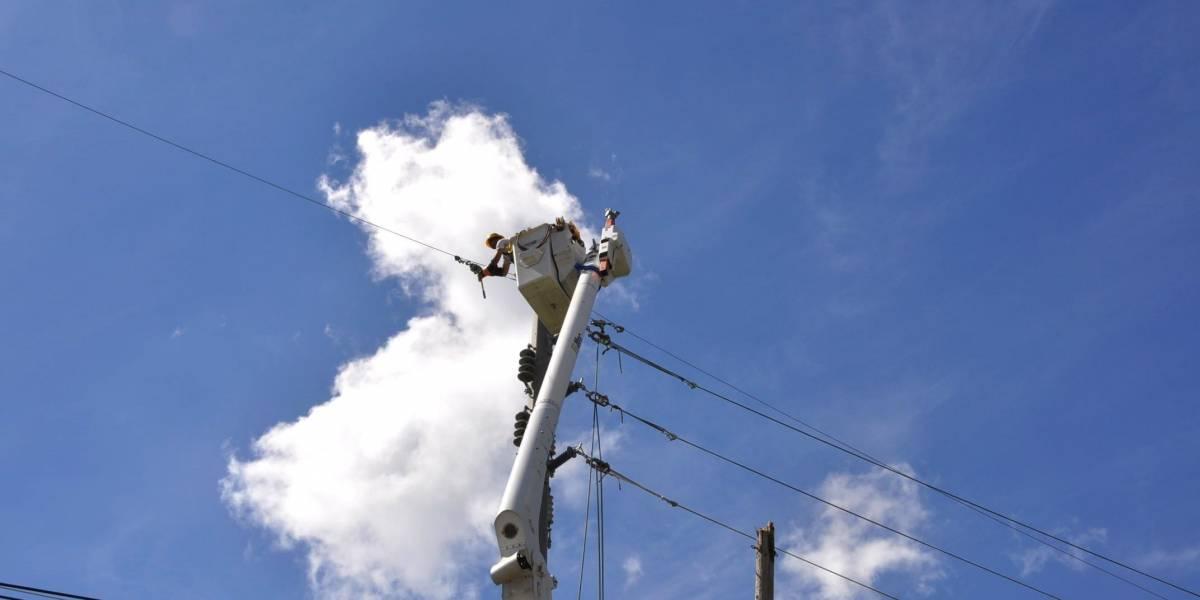 Fluor asegura completó trabajos en líneas prioritarias de luz en San Juan y Caguas