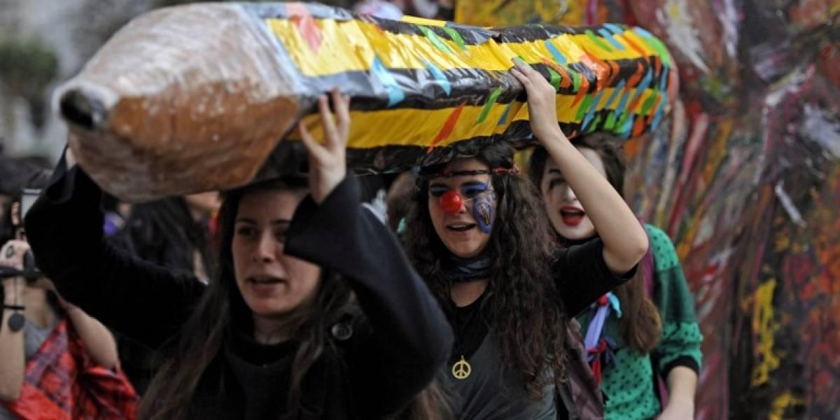 """En Argentina deberán olvidarse de """"hacer la cimarra"""": con ayuda de APP saldrán a buscar a los alumnos que falten"""