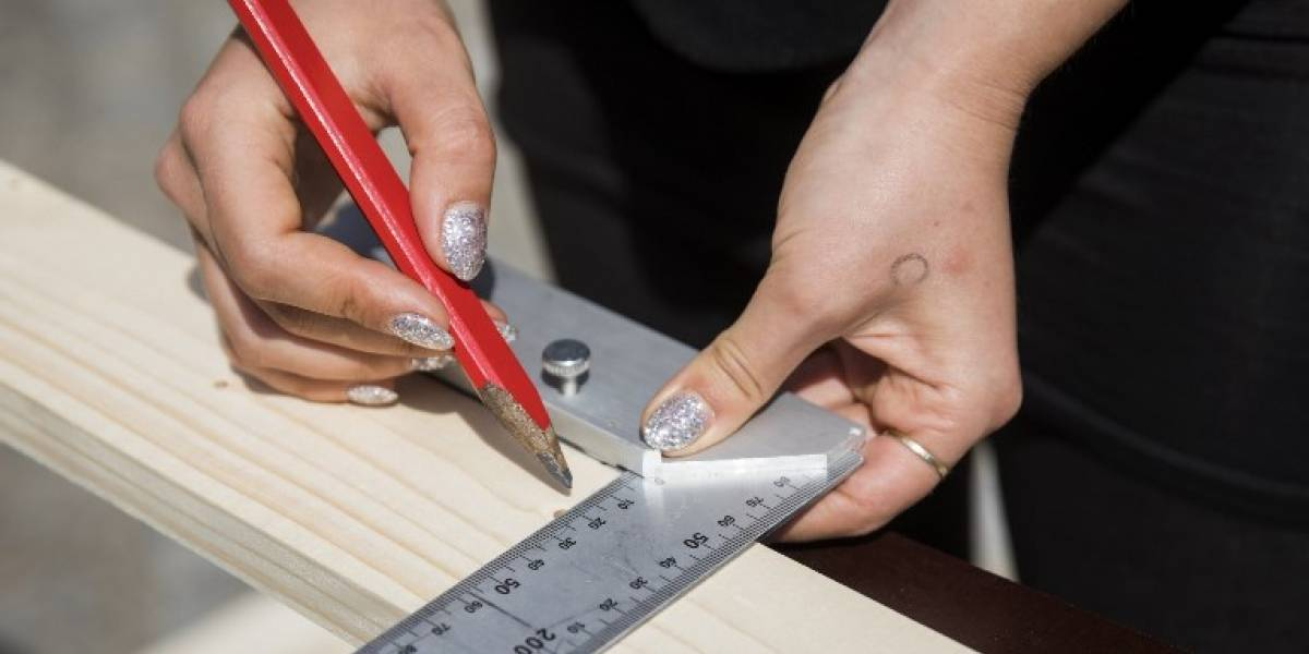 Multan a ministerios en Francia por incumplir ley de paridad laboral