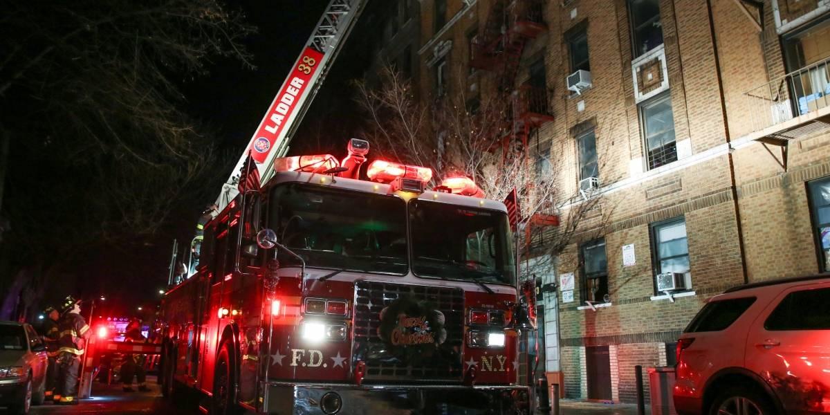 Incêndio em Nova York deixa 12 mortos