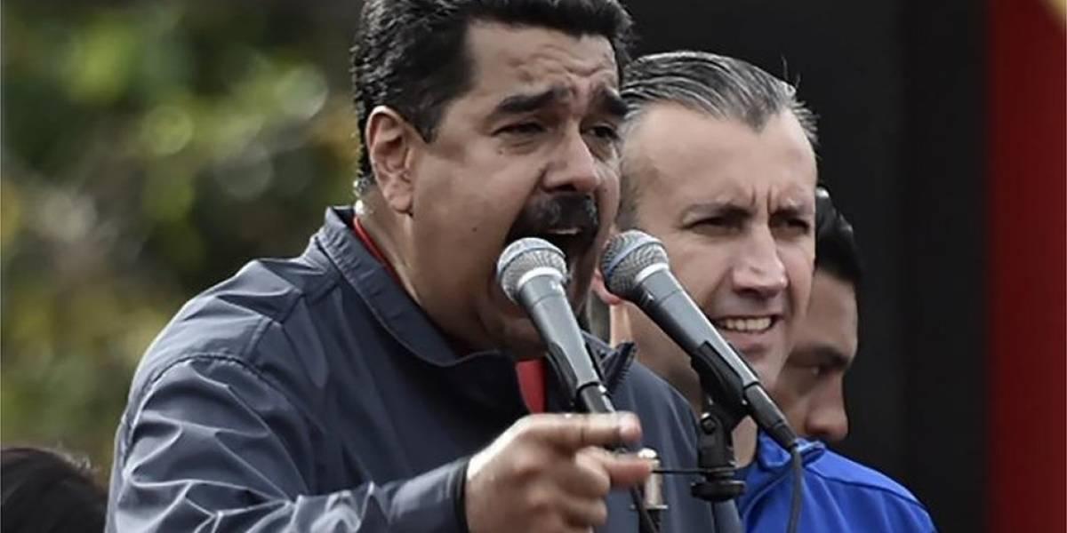 Maduro asegura que por culpa de Colombia no entraron a Venezuela 2.000 perniles de cerdo navideños