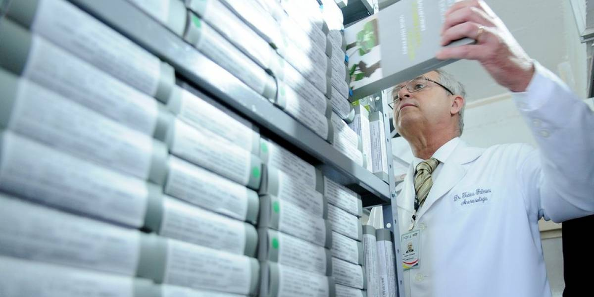 Oito anos após lei, como Anvisa e farmacêuticas querem diminuir falsificações e roubos de remédios