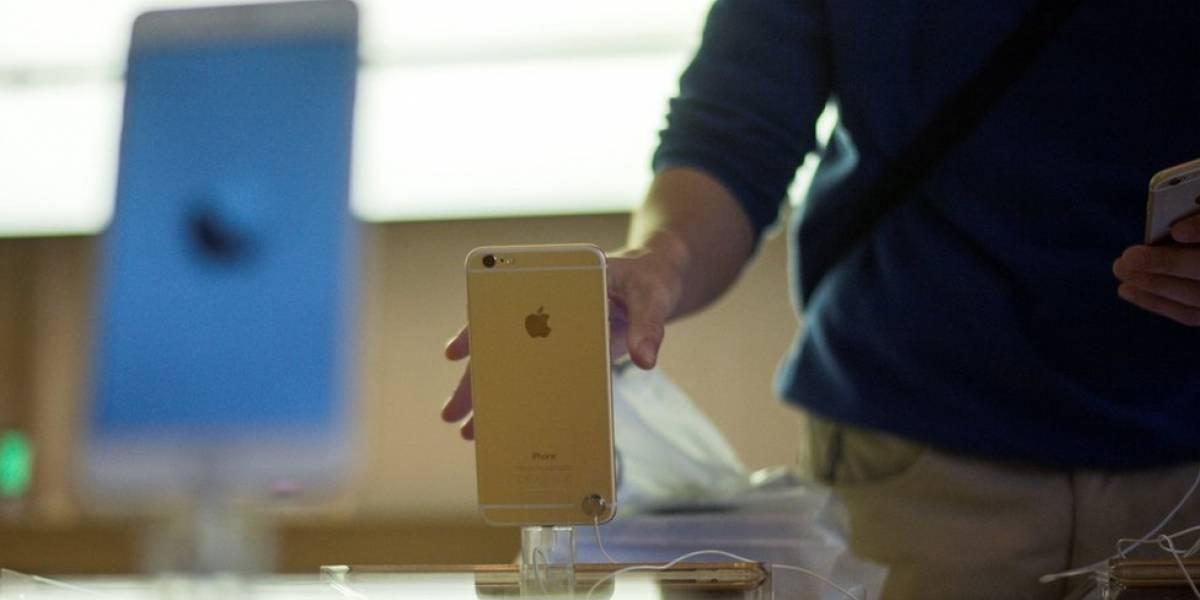 """O que a Apple está fazendo para se """"desculpar"""" com donos de iPhones antigos e lentos"""