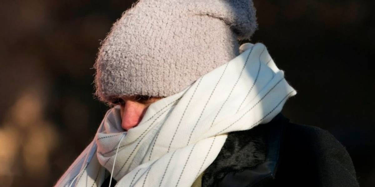Por este motivo puedes sentir más frío o calor a pesar de la temperatura