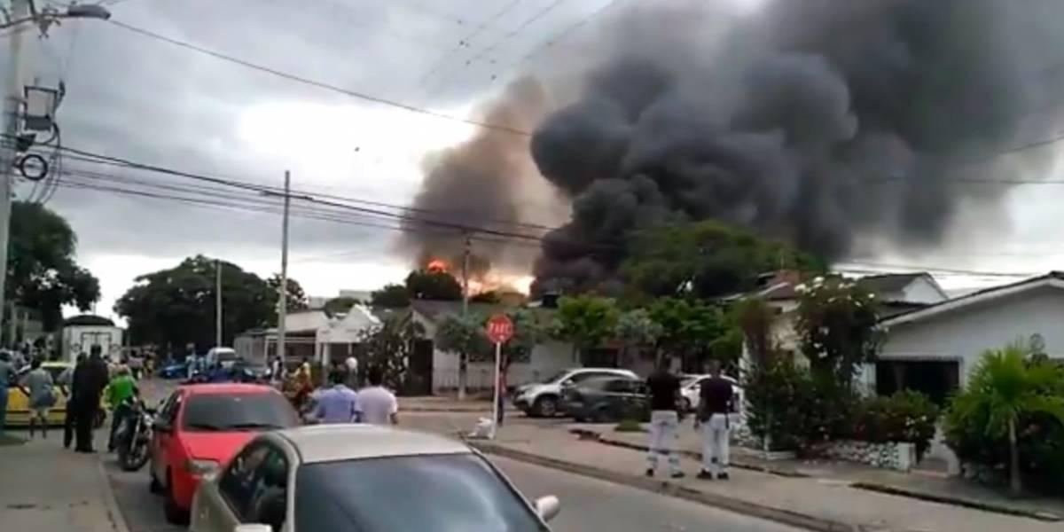 Emergencia en Cartagena por fuerte incendio