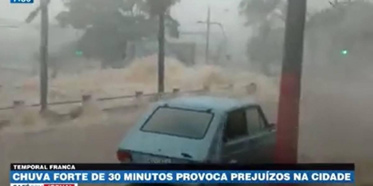 Chuva forte de 30 minutos provoca prejuízos em cidade no interior de São Paulo
