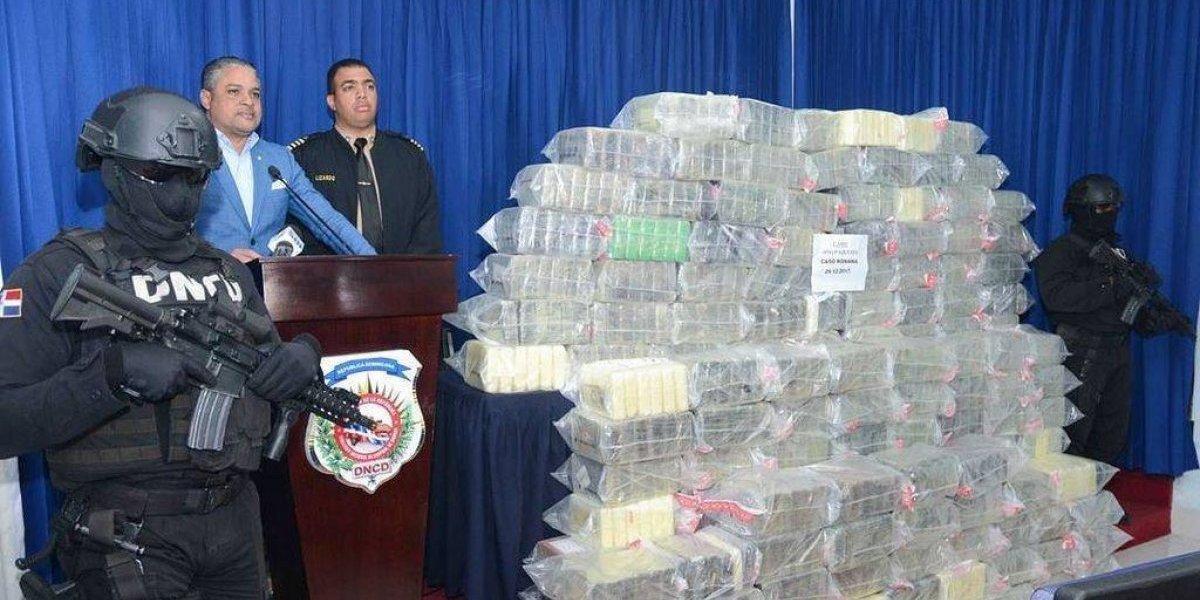 Decomisan 850 paquetes de drogas y detienen a 4 personas en La Romana