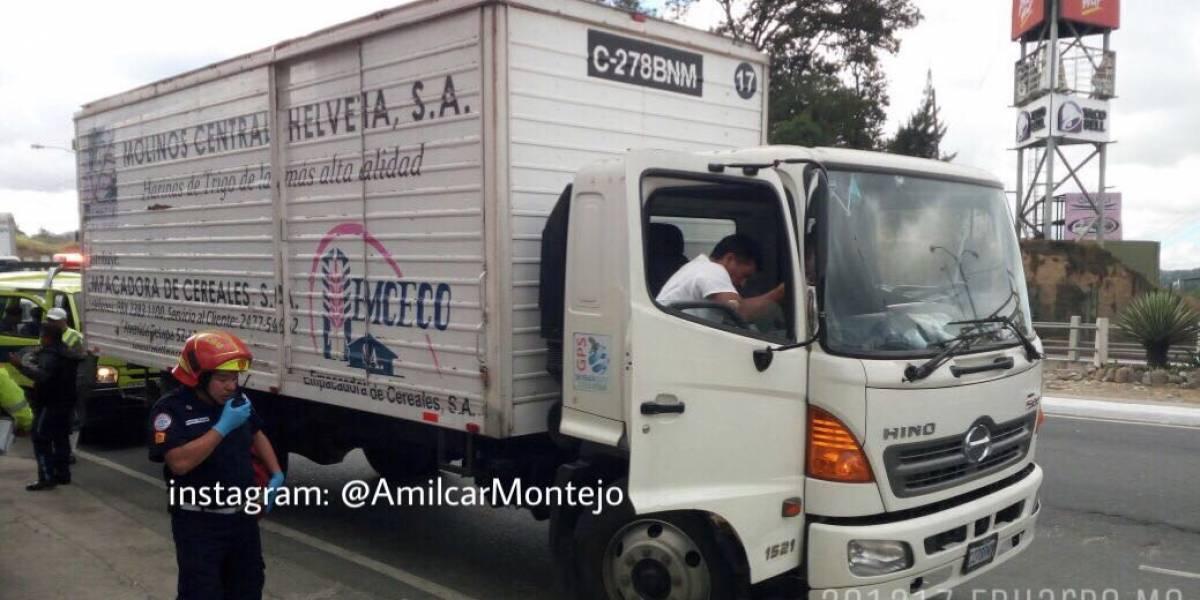 Intento de robo de camión deja dos heridos en ruta al Atlántico