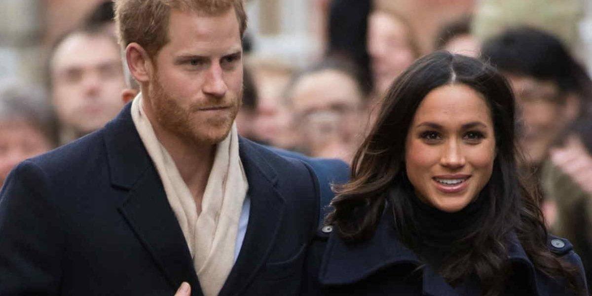 Princesa usa broche racista para conhecer Meghan Markle; veja