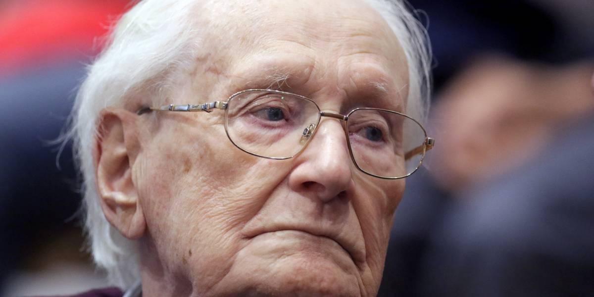 Corte decreta prisão de 'contador de Auschwitz' aos 96 anos