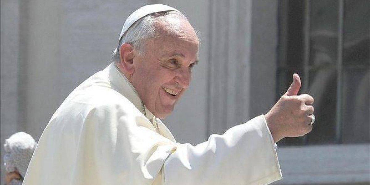 Habilitan inscripción para solicitar entradas para las misas del Papa en Chile
