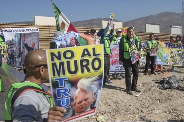 Protestas contra el muro fronterizo propuesto por Donald Trump