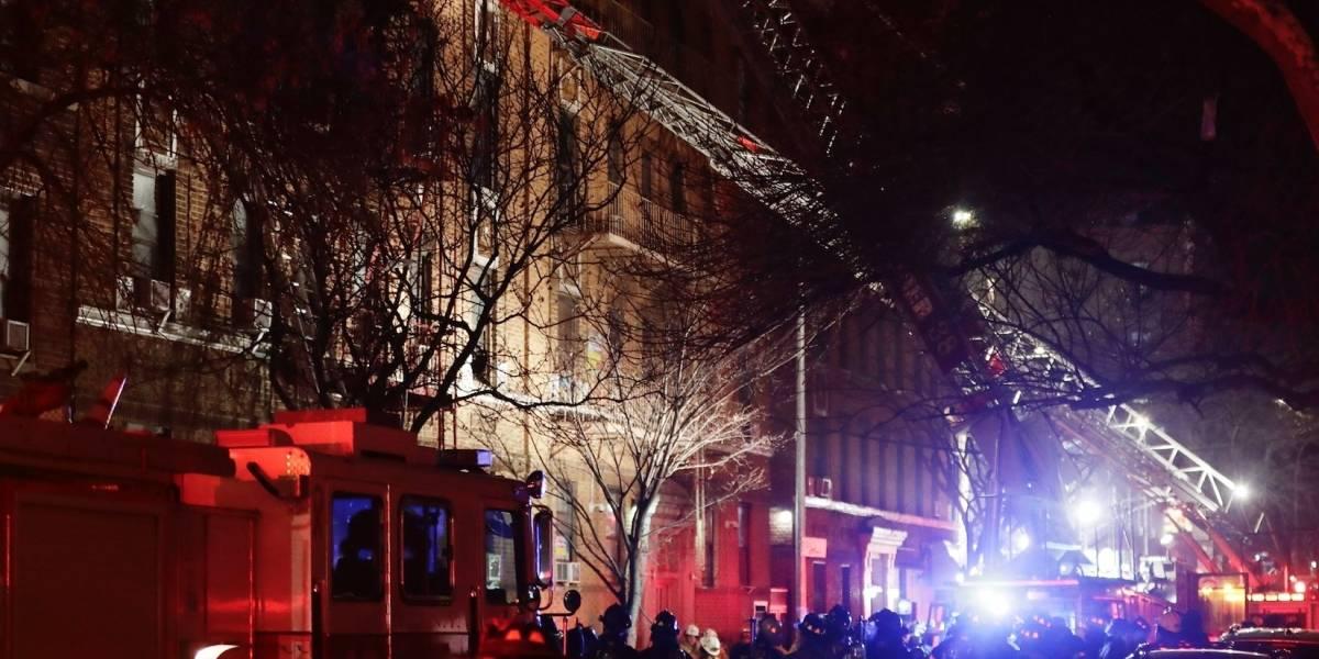Niño que jugaba con estufa causa terrible incendio en NY