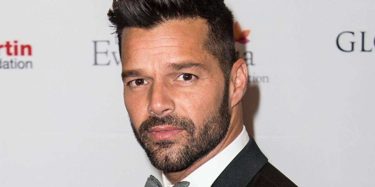 Ricky Martin enloquece a fans con foto completamente desnudo