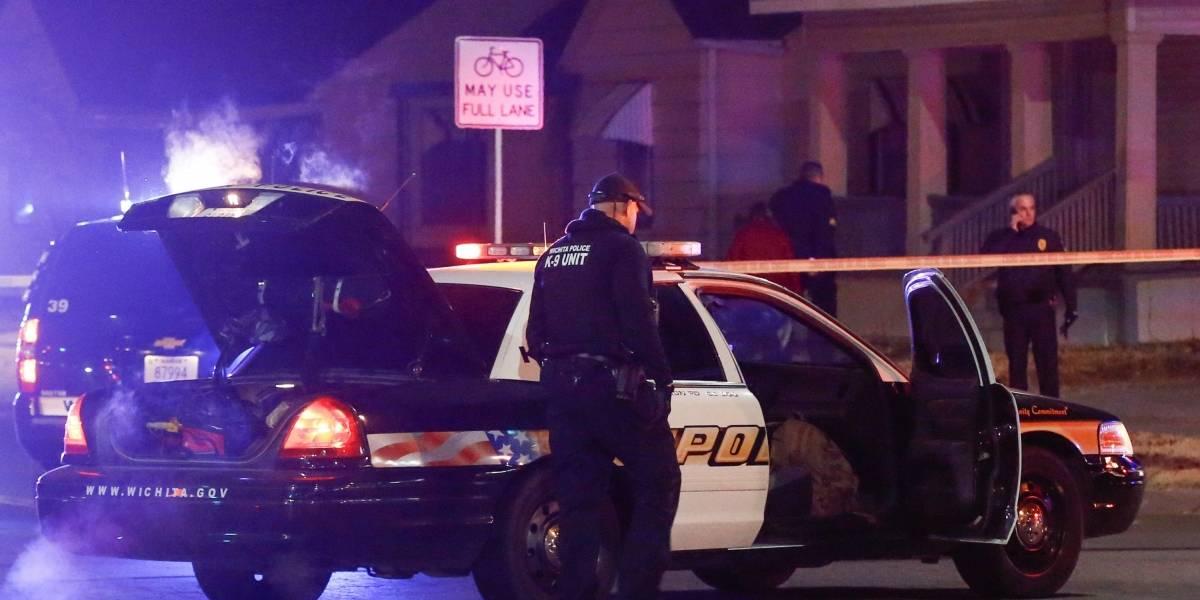 Policías abaten a inocente por llamada de broma al 911 en Kansas