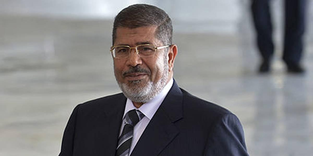 Ex-presidente do Egito é condenado a 3 anos de prisão por ofender juízes