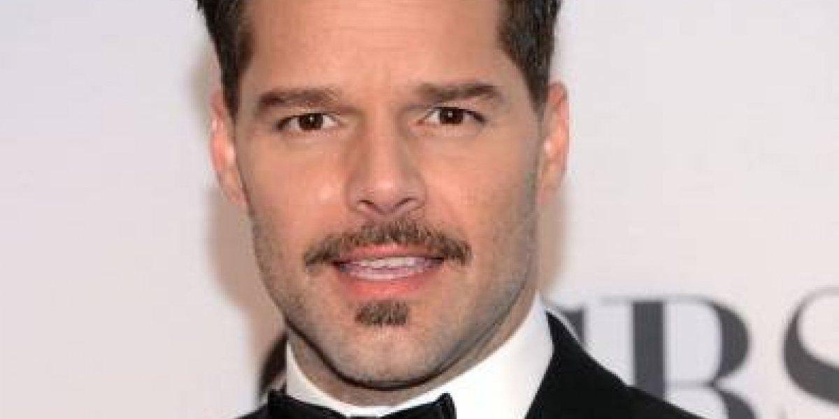 """VIDEO. Ricky Martin seduce con sus mejores pasos de baile al ritmo de la """"bomba"""""""