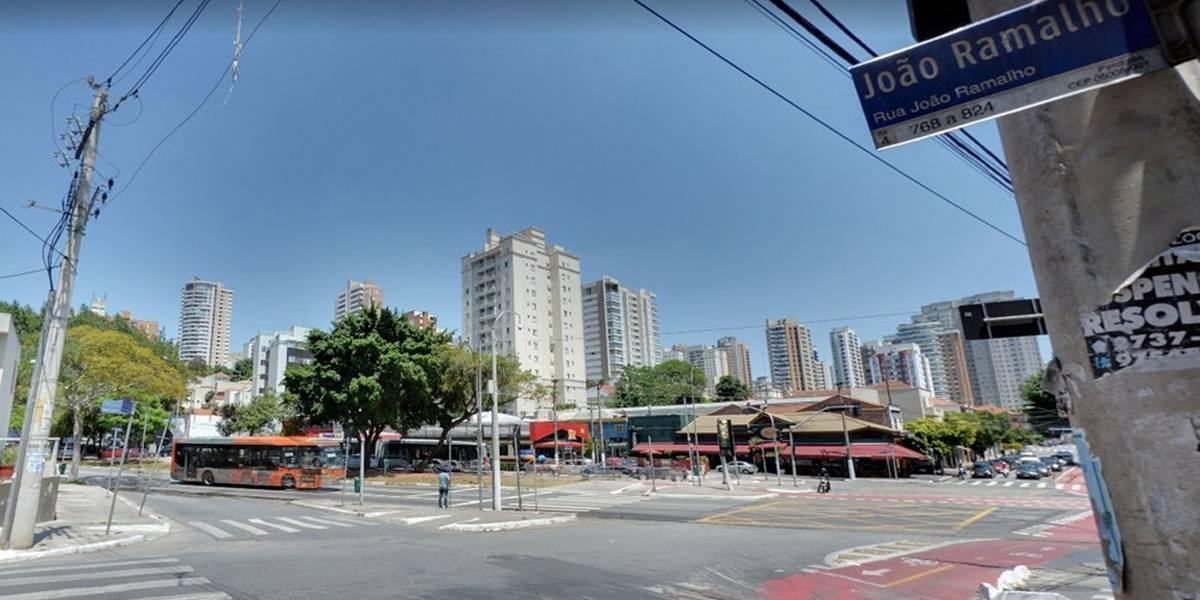 Taxista é encontrado morto dentro de táxi em Perdizes, em São Paulo