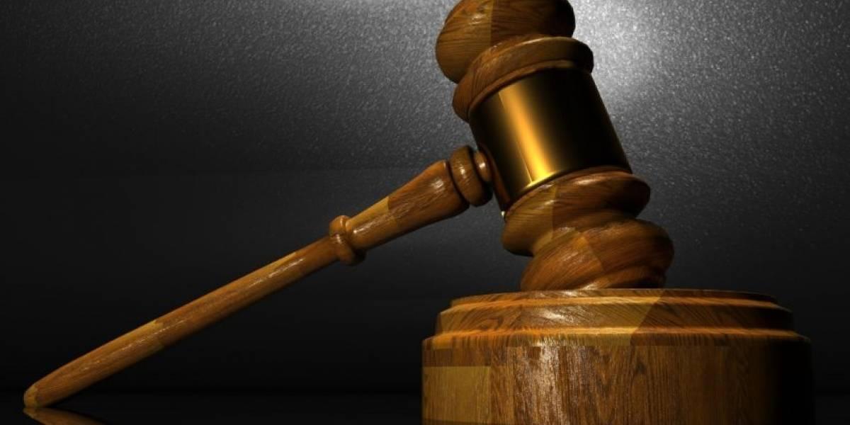 Justicia presenta cargos contra tres compañías por retener IVU