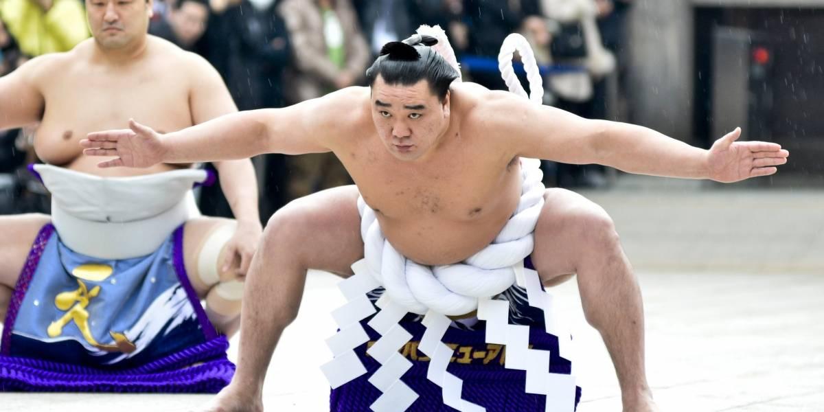 """""""Chorava todos os dias"""": o lado obscuro da vida dos lutadores de sumô no Japão"""