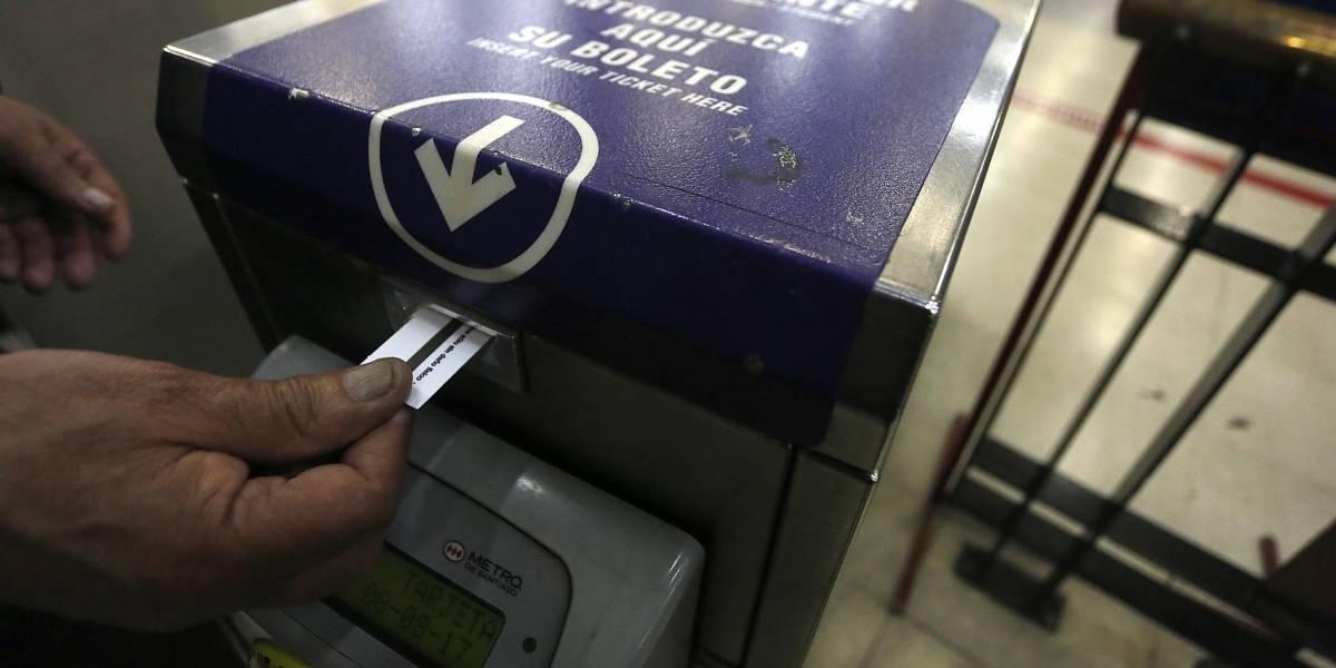 El último día de 2017: después de 42 años Metro de Santiago pone fin a la venta de boletos