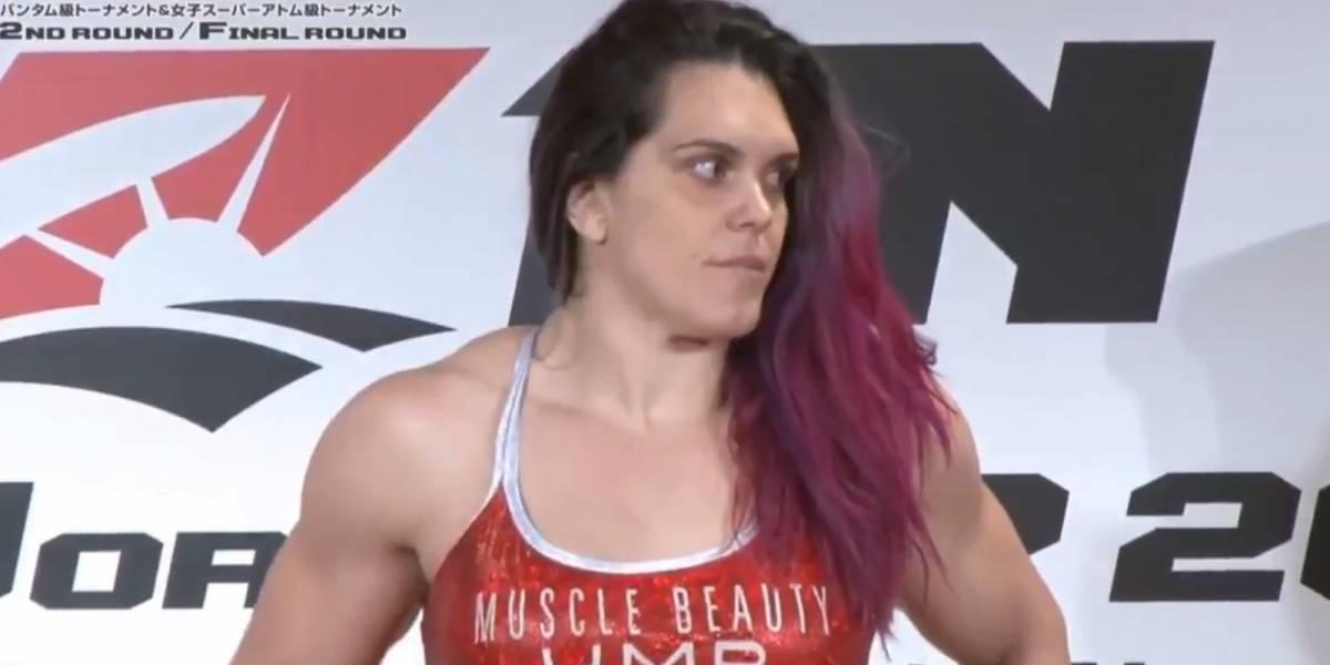 Lutadora brasileira se desculpa após ficar 12kg acima do peso antes de luta