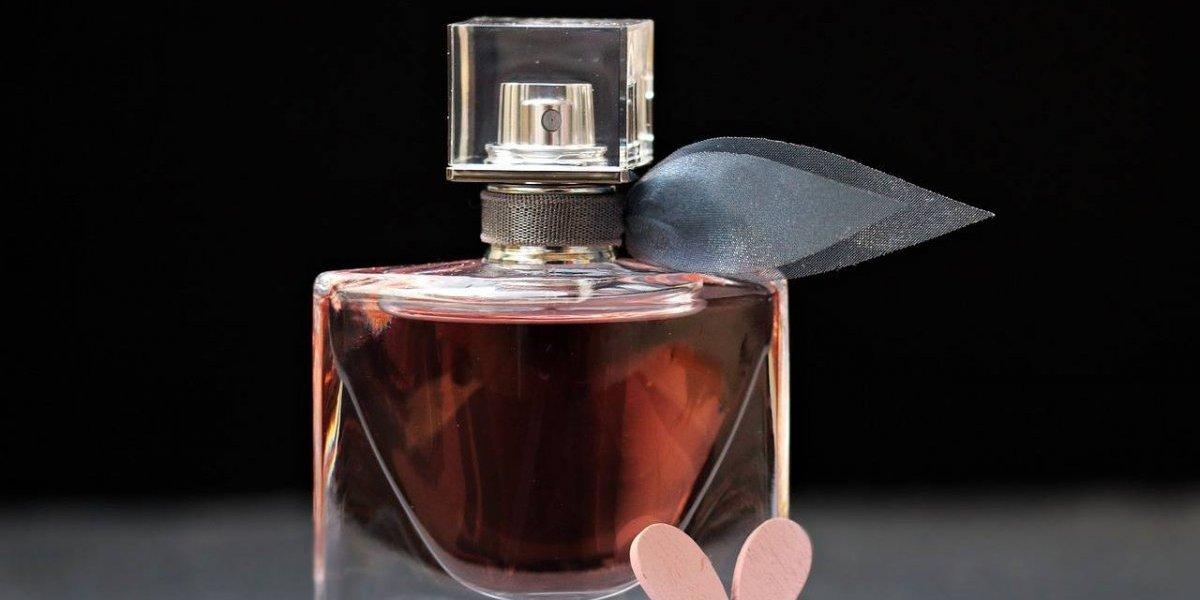 El truco francés para que la esencia de tu perfume dure más