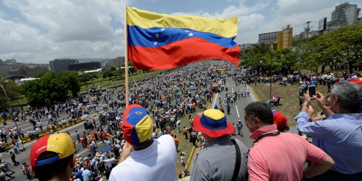 Los 28 de la Unión Europea aplican sanciones al número dos del chavismo y otro seis altos funcionarios de Venezuela
