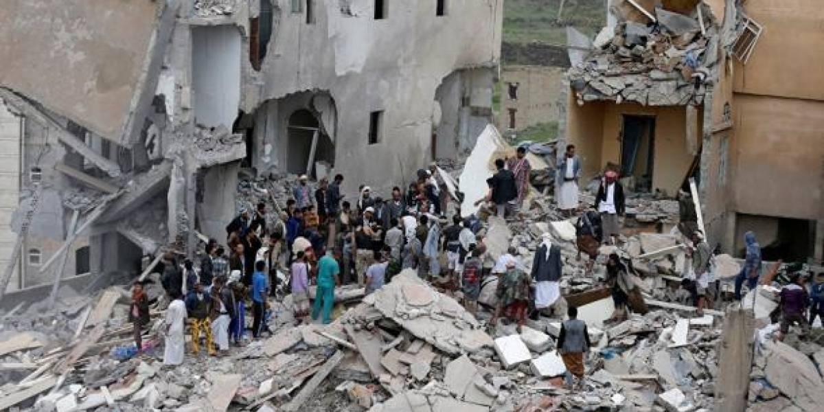 Bombardeo en Yemen deja una veintena de muertos y heridos
