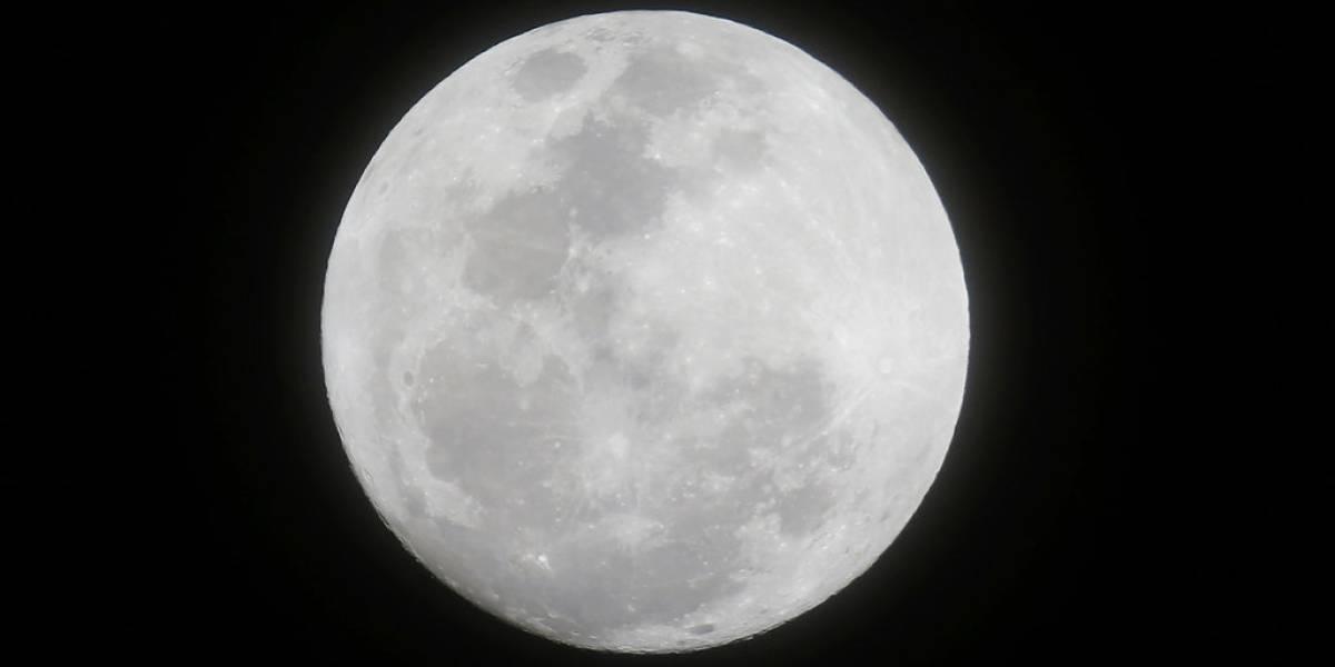 Galería: Así se ve la primera súper Luna llena de este 2018