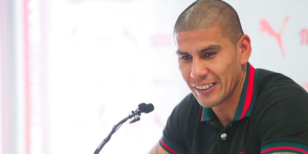Carlos Salcido 'trollea' a aficionados brasileños con épica respuesta