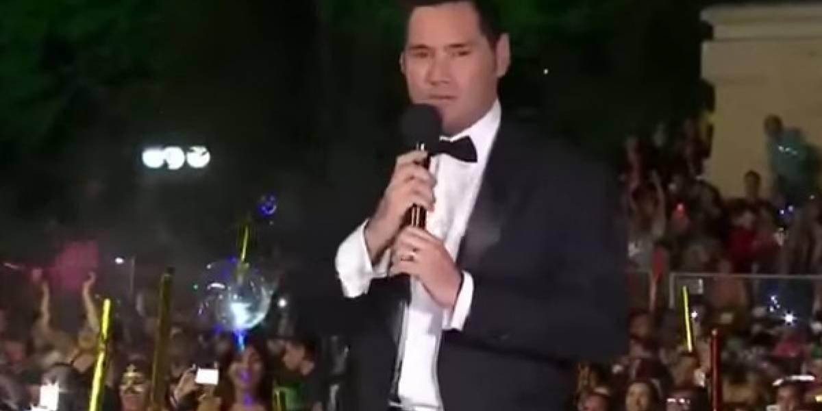 """""""Ya cabros, me aburrieron, les deseo lo mejor pero aleguen a Entel"""": el descargo de Pancho Saavedra tras fail en Año Nuevo"""