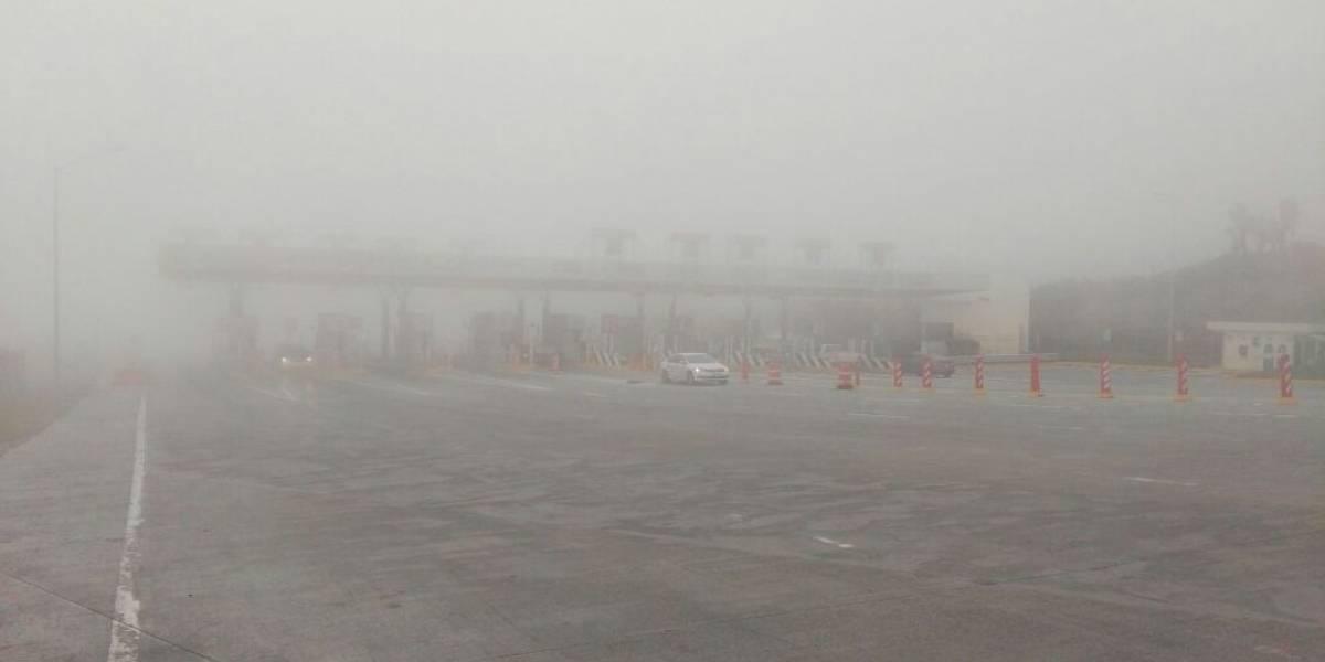 Cierran circulación de carretera Monterrey-Saltillo por densa niebla