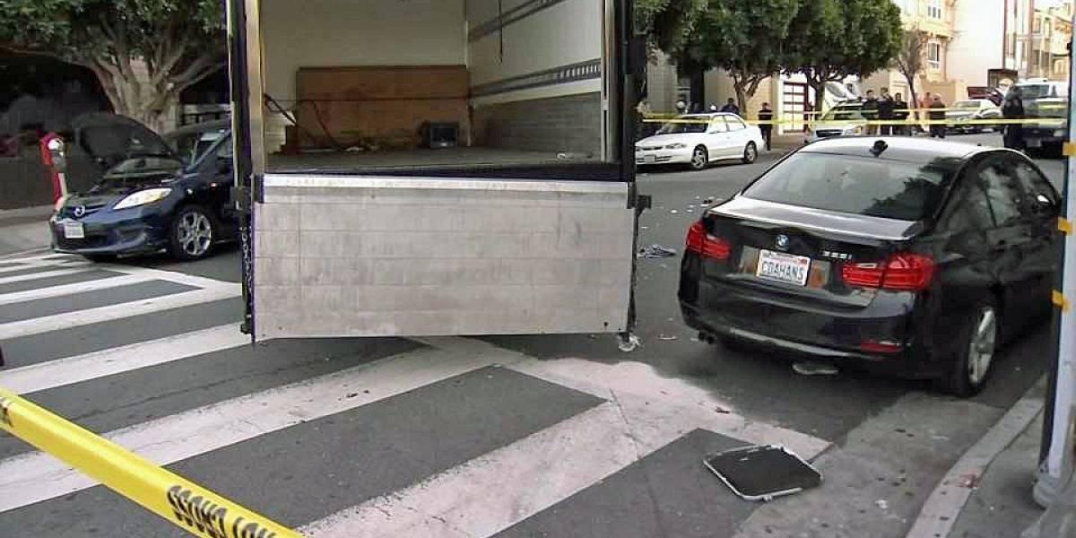 Camión embiste a peatones en avenida de San Francisco