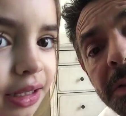 Eugenio Derbez derrocha ternura y paciencia con su hija