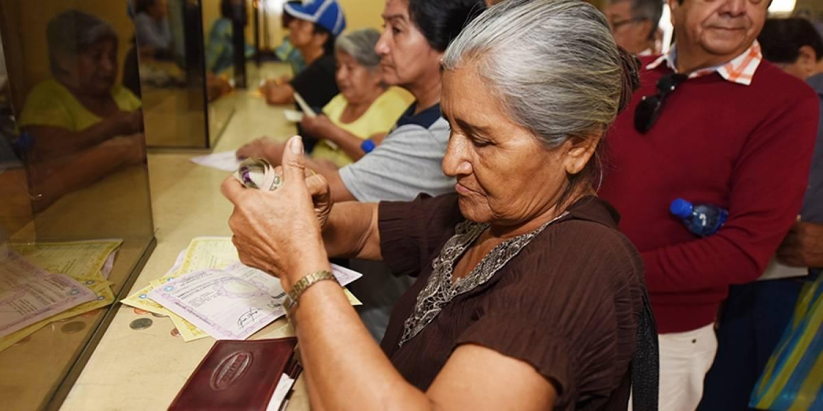 USD 700.000 en el primer día de cobro de impuestos prediales en Guayaquil