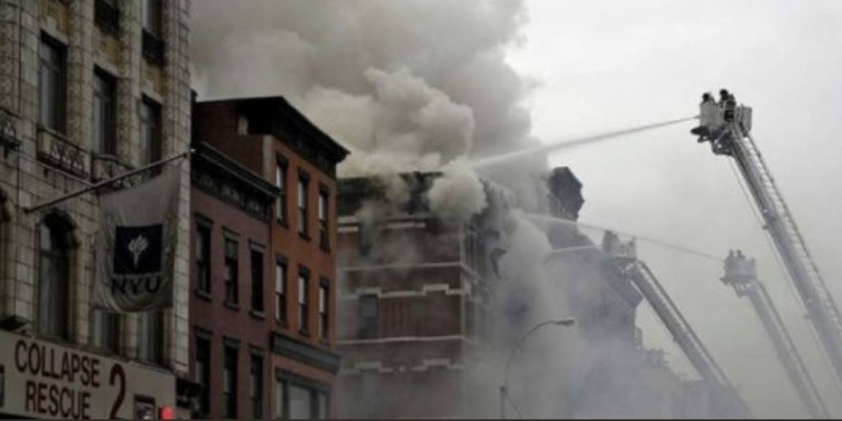 VIDEO. Fuego consume un edificio en Nueva York