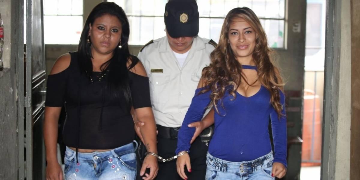 """Alias """"La Muerte"""" y """"La Gata"""" fueron detenidas por portar armas en partes íntimas"""