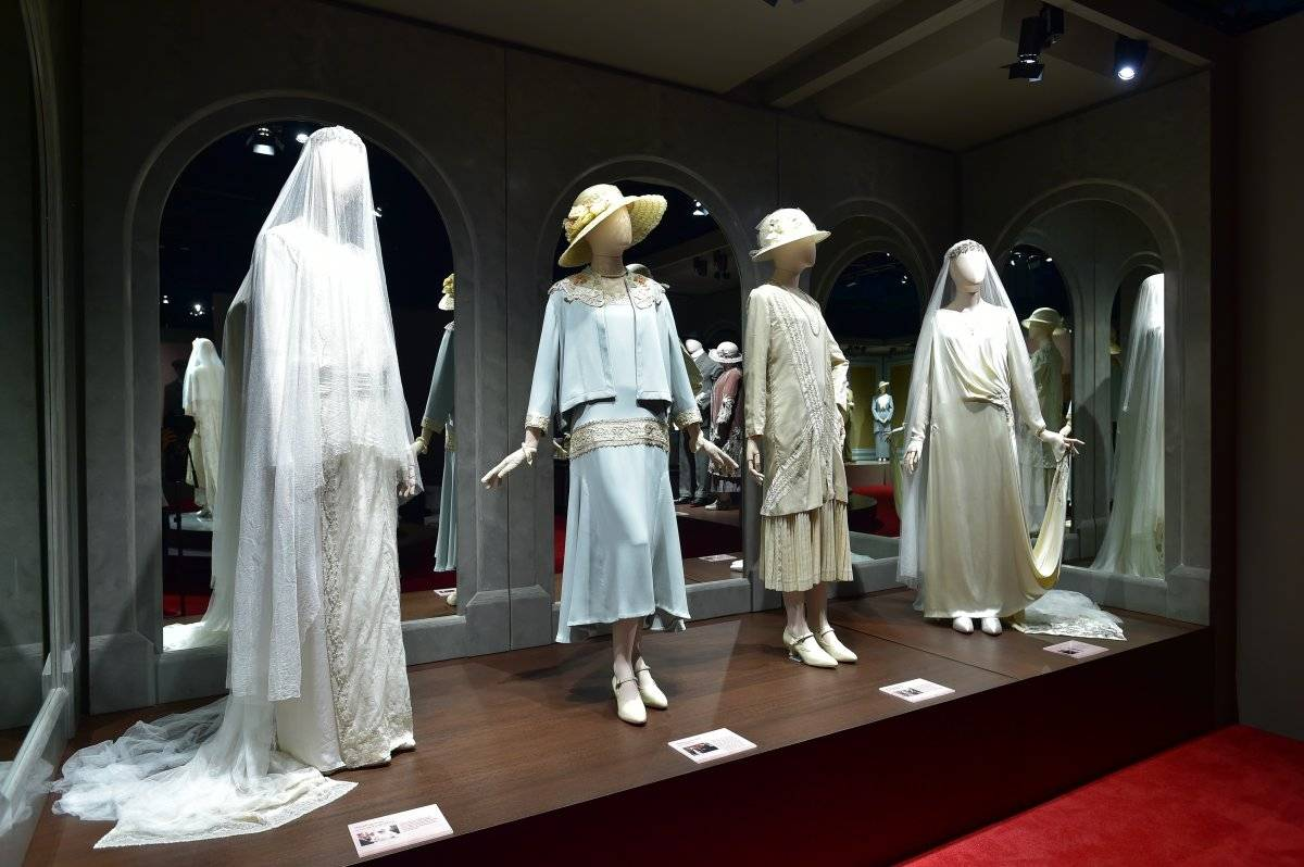 Todos los vestidos de boda de la serie.