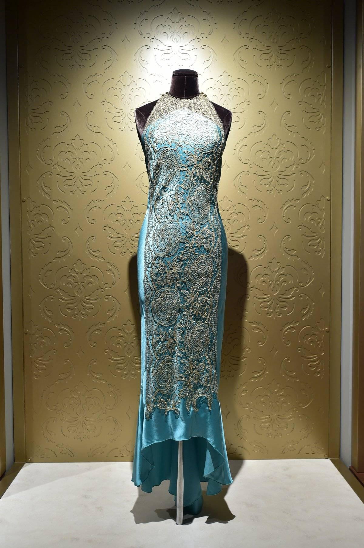Este vestido es de Lady Mary y combina la visión de Anna y la moda de la época.